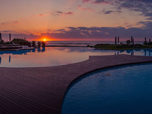 ZImbali sunrise over swimming pool
